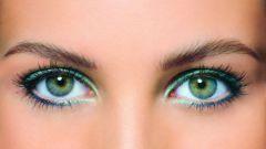 Как красить глаза зелёного цвета