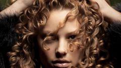 Как накручивать волосы на спиральные бигуди