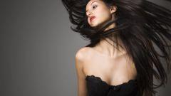Как выполняется глазирование волос