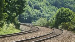Почему дорогу называют железной
