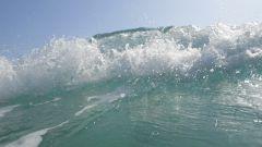 Почему вода в море соленая