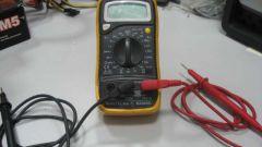 Как проверить батарейку тестером