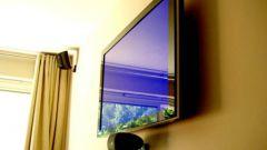 Как повесить телевизор на кухне