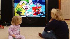 Почему детям нельзя смотреть телевизор