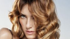 Как закрасить корни волос