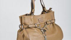 Как обновить кожаную сумку