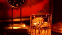 Как пить крепкие напитки