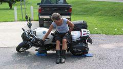 Как поднять мотоцикл