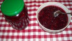 Как приготовить варенье из брусники и яблок