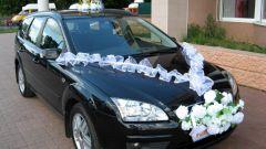 Как оригинально украсить свадебные автомобили
