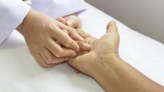 Как разрабатывать руку после перелома