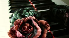 Как сделать брошь в виде цветка