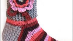 Как связать крючком носки