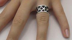 Как снять кольцо с пальца в 2017 году