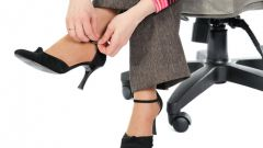 Обувь из магазина: как вернуть деньги за плохой товар