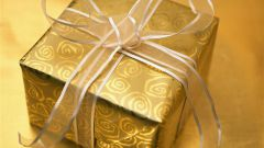 Как упаковать подарок своими руками