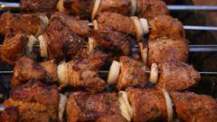 Как мариновать свининой шашлык