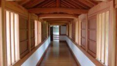 Как оформить коридор