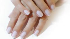 How to learn to do manicures