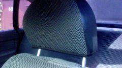How to remove headrest
