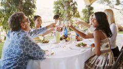 Как принять гостей