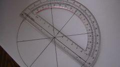 Как построить треугольник по двум сторонам и углу
