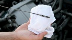 How to check oil in automatic transmission