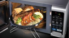 Как почистить микроволновую печь