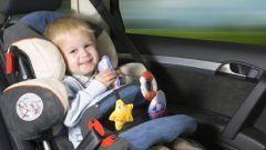 Как устанавливать детское кресло