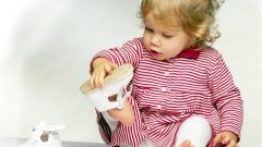 Как выбрать малышу обувь