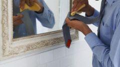 Как удалить масляные пятна на одежде