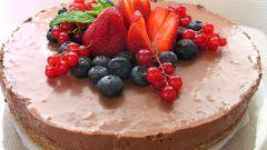 Как приготовить торт из коржей
