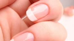 Как избавиться от пятен на ногтях