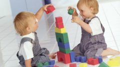 Как приучать ребёнка играть