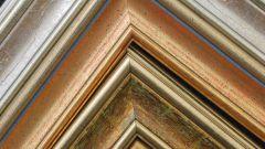 Как стыковать углы потолочного плинтуса