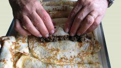 Как готовить блины с мясом