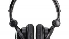 How to disassemble the headphones