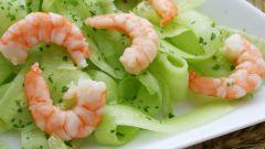Как готовить салат с креветками и сельдереем