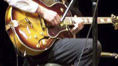 Как научиться играть на гитаре ноты