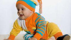 Как связать комбинезон на малыша