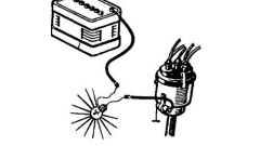 How to charge the capacitor