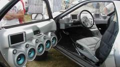 Как сделать музыку в машине