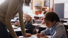 Как научить ребёнка писать диктанты