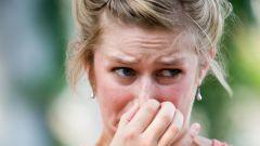 Как избавиться от запаха изо рта при домашних условиях