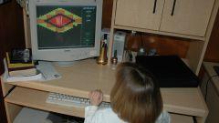 Как научить ребенка обращаться с компьютером