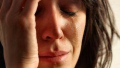 Как научиться плакать специально