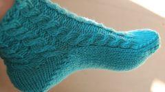 Как набрать петли на носок