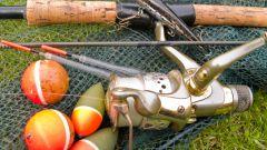 Как завязывать рыболовные крючки