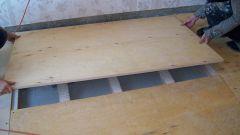 Как крепить фанеру к полу