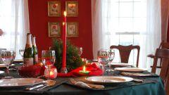 Как украсить праздничный стол в Новый год